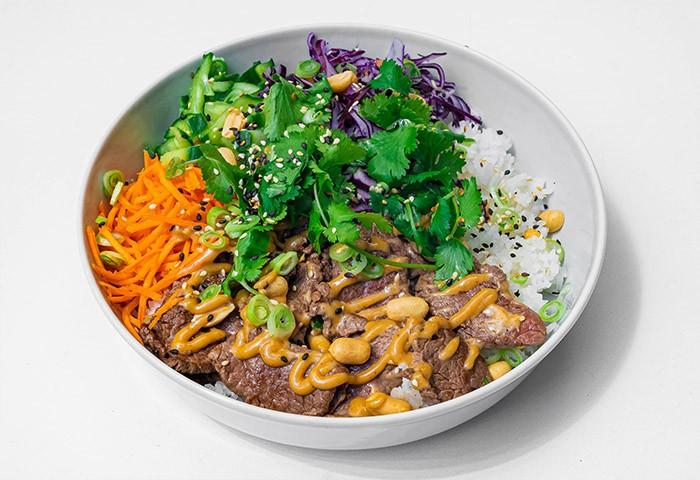 Hovädzí rice bowl